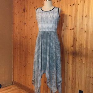 NWT Elle Medium Hi-Lo Handkerchief Striped Dress